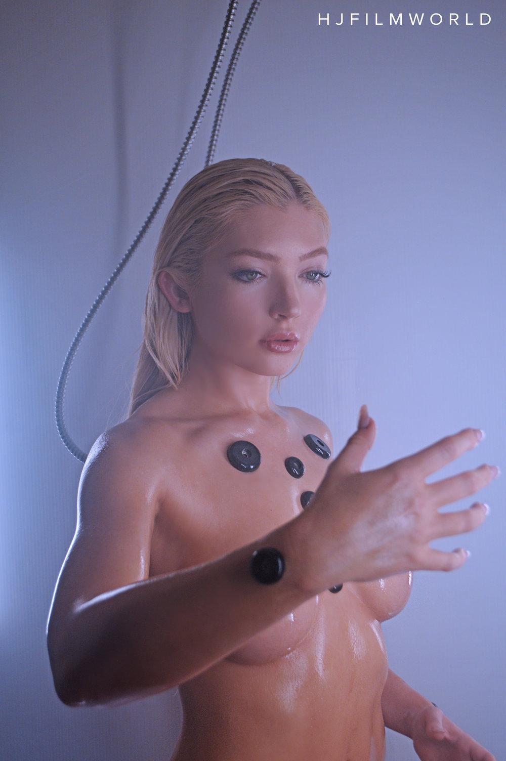 Model: Alyssa Cranmer