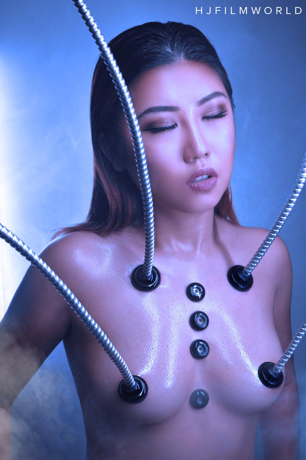 Model: Scarlett Jia