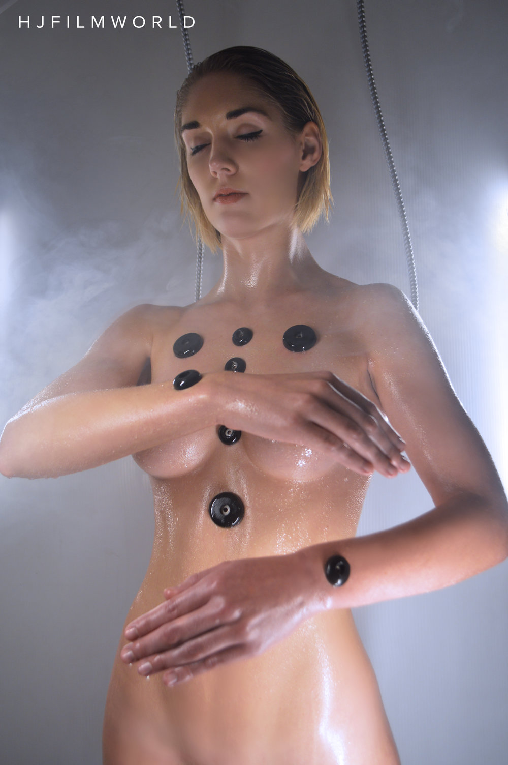 Model: Lyn Hesper