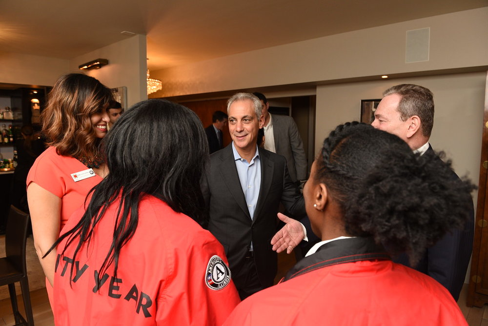 Mayor Rahm Emanuel speaking with City Year Chicago Executive Director Rebecca Nieves Huffman, City Year AmeriCorps member Kia Smith, Sierra Smith and Sam Mencoff