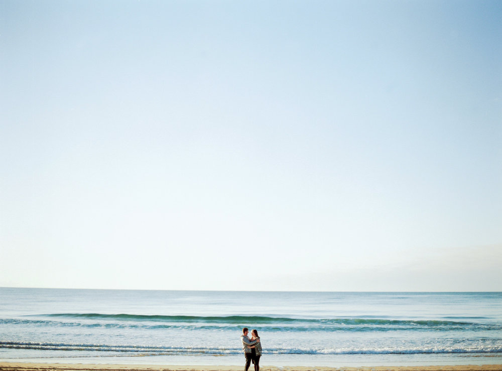 ccelinehamelin-photographe-couple-landes-session-plage-lovers-photography-photographe-seignosse-argentique-onfilm1.jpg