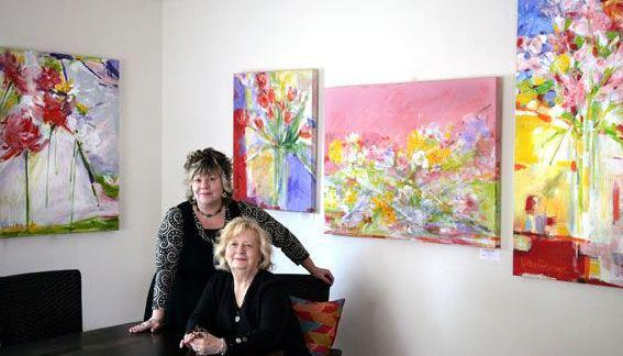 Artist Edie Kellar Mahaney (right) with her daughter, Lolly Mahaney. Portrait by Casalini