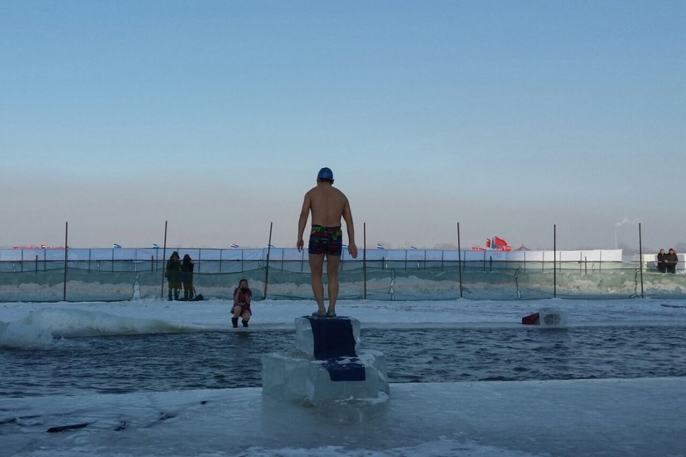 Taking a dip in sub-zero temperatures in Harbin, Heilongjiang.