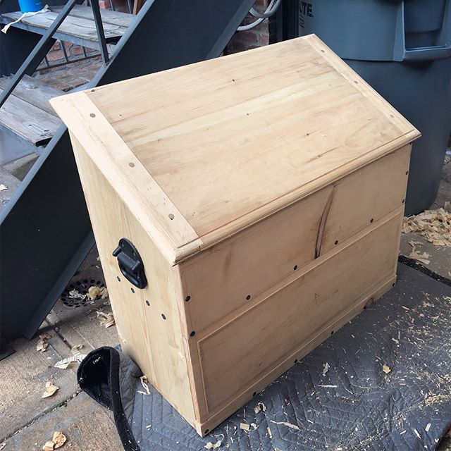 Progress on the #dutchtoolchest - finally got the lid built and attached / breadboard tenons /  mortises, tenons, and drawbore holes / drawbore hole overlap / lid assembled / thumbnail molding profile / lid attached / tools kinda in place.  Next up: plane boxes, saw tills, and paint.