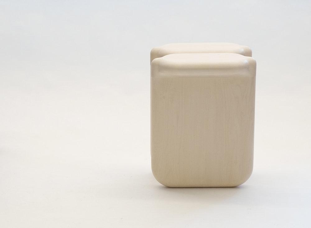 loicbard_stool bone 03.jpg