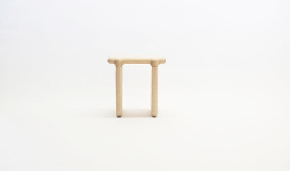 stool_bone_01a_loicbard.jpg