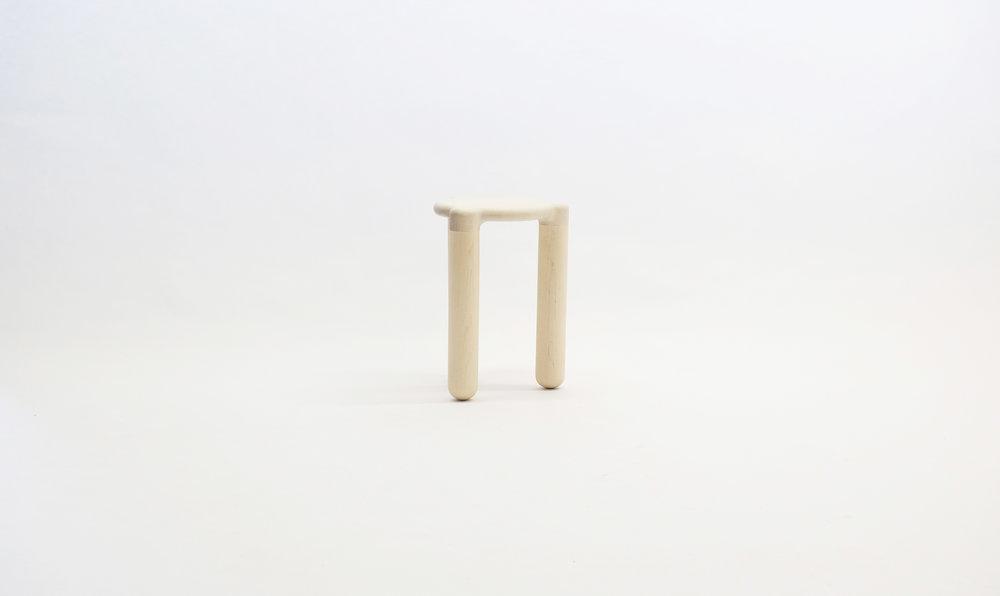 stool_bone_02c_loicbard.jpg