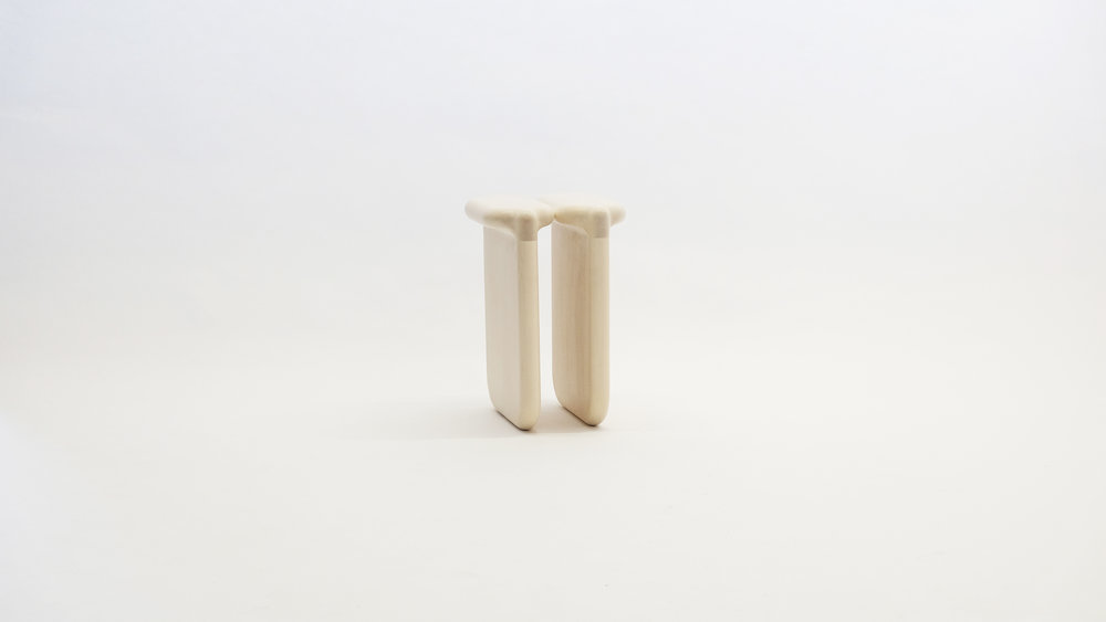 stool_bone_03b_loicbard.jpg