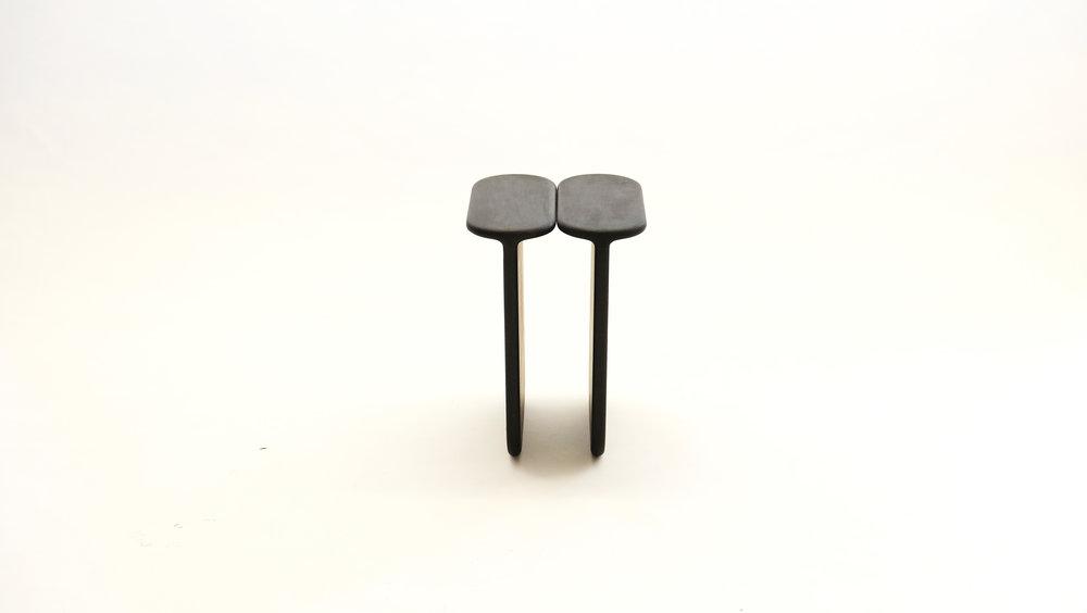 stool_bone_04a_loicbard.jpg
