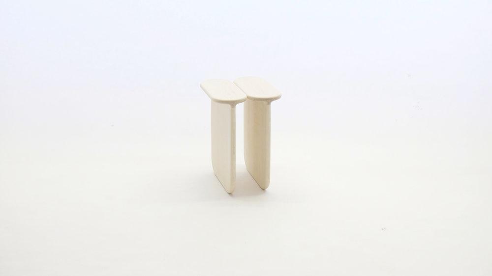 stool_bone_04e_loicbard.jpg