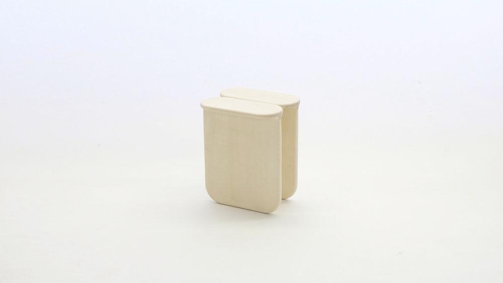 stool_bone_04f_loicbard.jpg