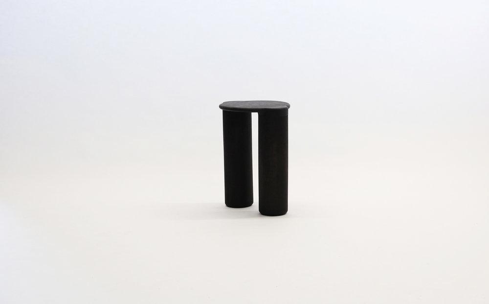 stool_bone_05b_loicbard.jpg