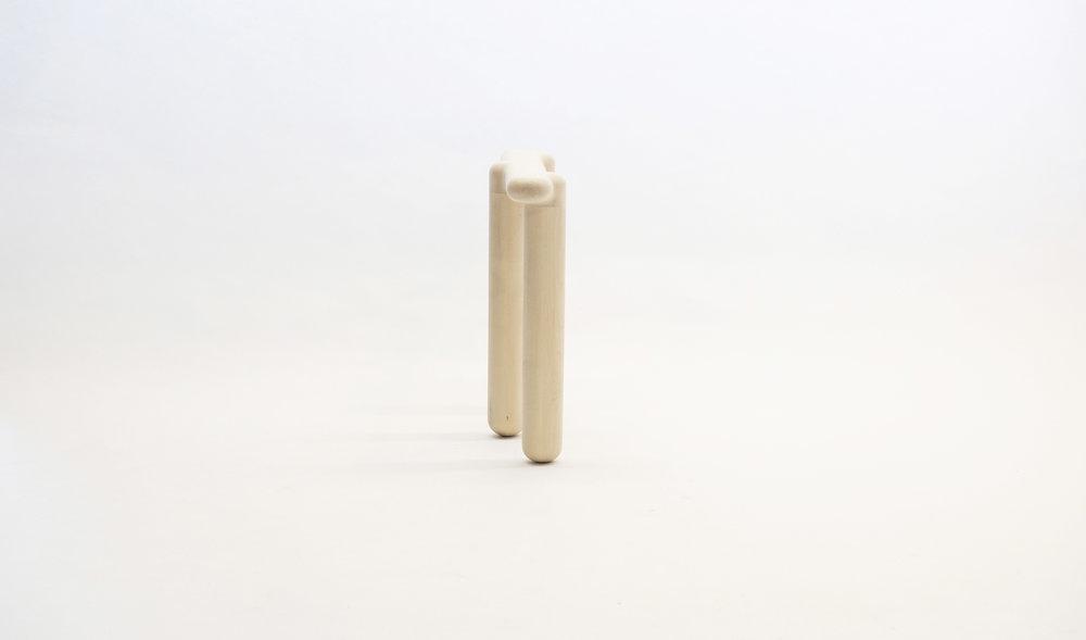 stool_bone_09b_loicbard.jpg