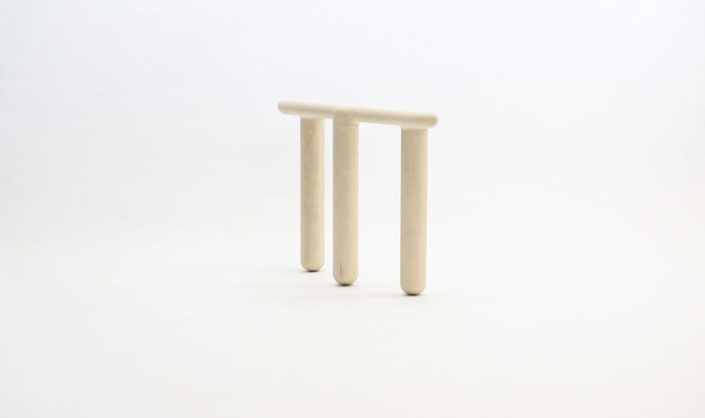 stool_bone_09c_loicbard.jpg