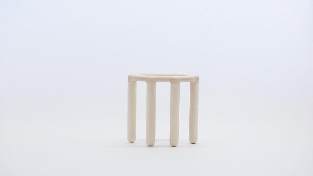 stool_bone_10a_loicbard.jpg
