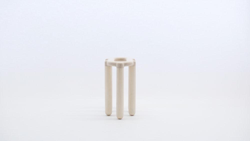 stool_bone_10c_loicbard.jpg