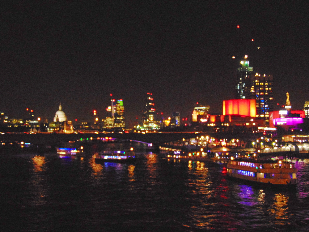 Wondering-Through-London-Skyline.JPG