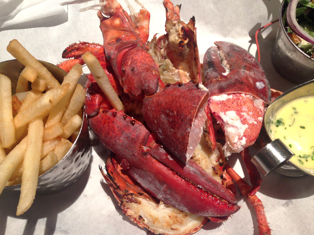 Wondering-Through-Eat-Burger-and-Lobster.jpg