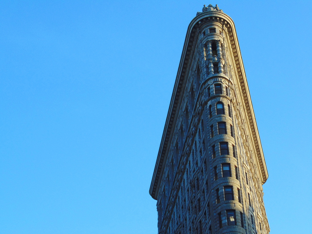 Wondering-Through-New-York-Flatiron-Building (2).JPG