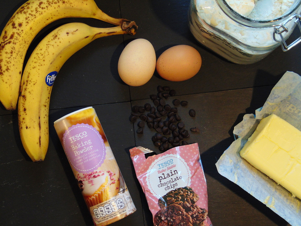 Wondering-Through-In-the-Kitchen-Banana-Bread-Ingredients.JPG