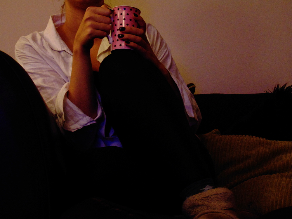 Wondering-Through-Snapshots-A-Temporary-Home-Tea-on-Sofa.JPG