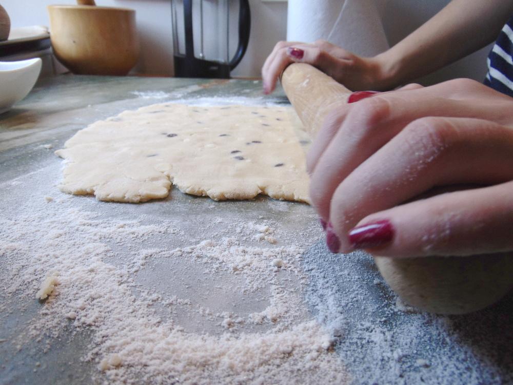 Wondering-Through-In-The-Kitchen-Shortbread-Biscotti-Rolling-Pin.JPG