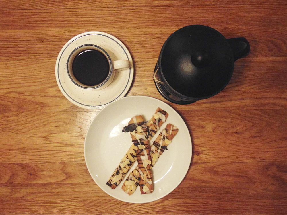 Wondering-Through-In-The-Kitchen-Shortbread-Biscotti-Coffee-Time-2.JPG