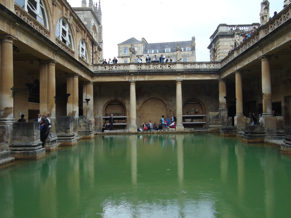 Wondering-Through-A-Weekend-In-Bath-Roman-Baths-Main.JPG
