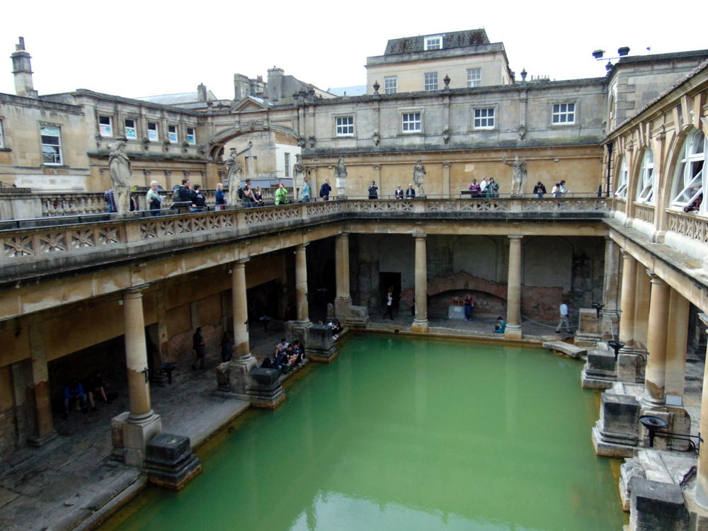 Wondering-Through-A-Weekend-In-Bath-Roman-Baths-Main-Spa.JPG