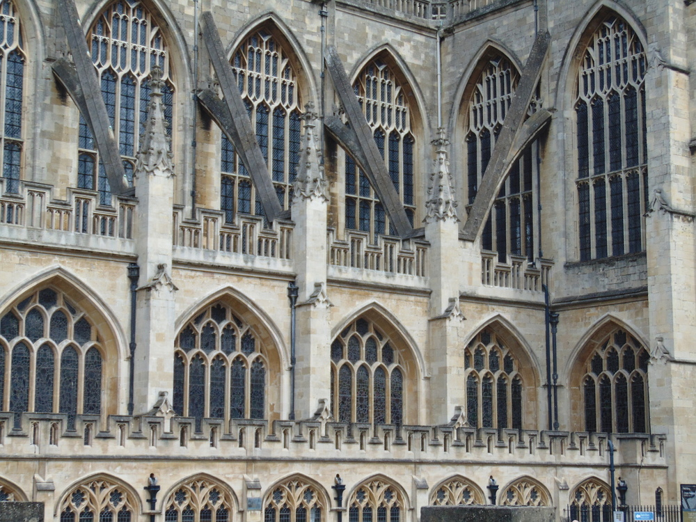 Wondering-Through-A-Weekend-In-Bath-Bath-Abbey.JPG