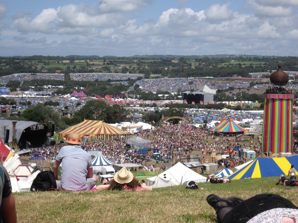 Wondering-Through-Glastonbury-Blues-Festival-The-Park-View.JPG