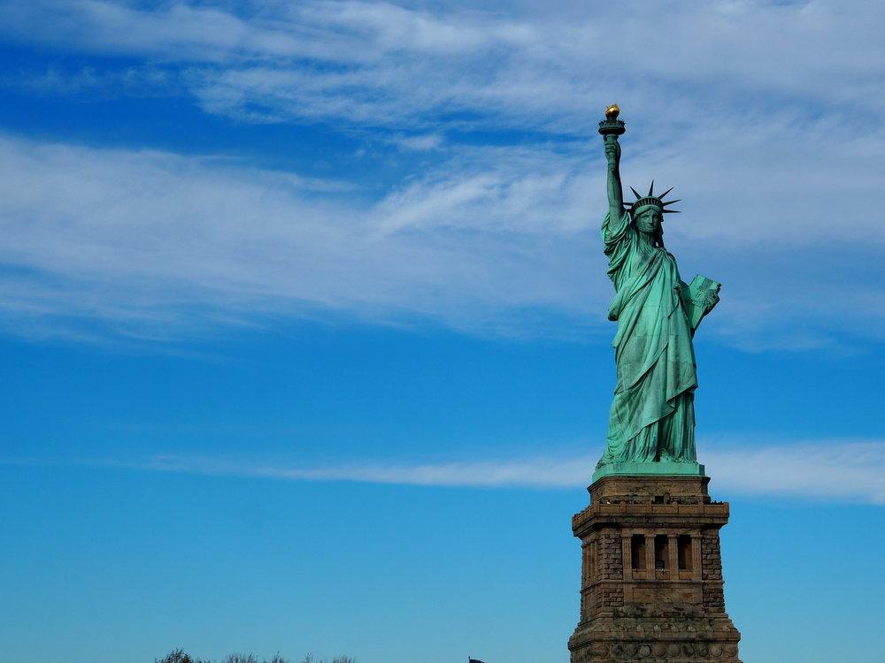 Wondering-Through-Visit-New-York-Manhattan-Travel-Lifestyle-Blogger-Lady-Liberty-Statue-of-Liberty.JPG
