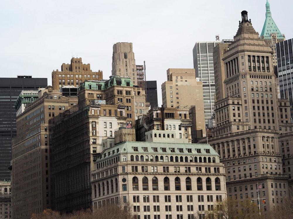 Wondering-Through-Visit-New-York-Manhattan-Travel-Lifestyle-Blogger-Lady-Liberty-Down-town.JPG