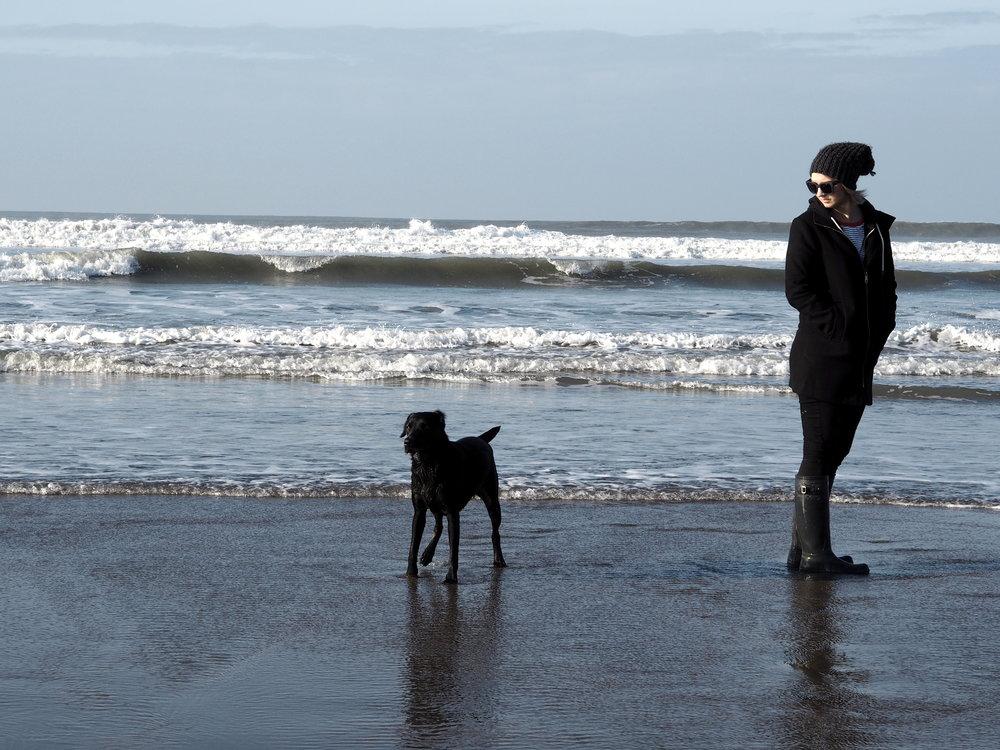 Wondering-Through-4-Things-Before-30-Birthday-Lifestyle-Beach-Cornwall-Sea-Blue-Skies.JPG