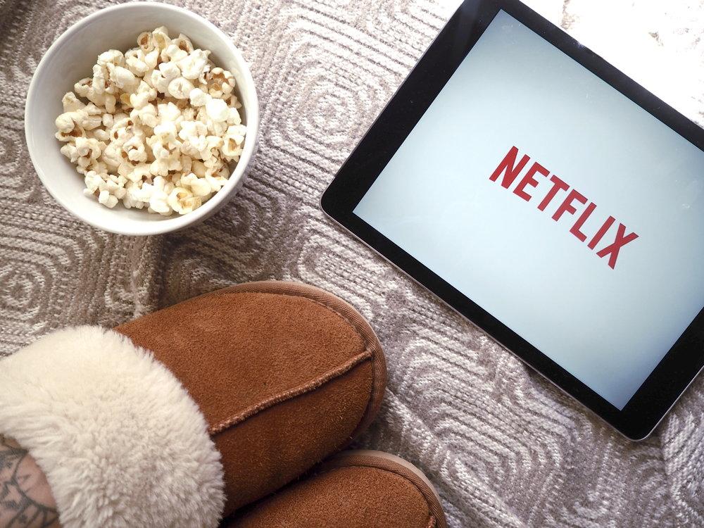 Wondering-Through-Best-Documentaries-Netflix-Lifestyler-Blogger-Winter-Hibernation-Popcorn.JPG