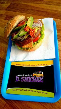 D-Sanchez veggie burger Corralejo Fuerteventura3
