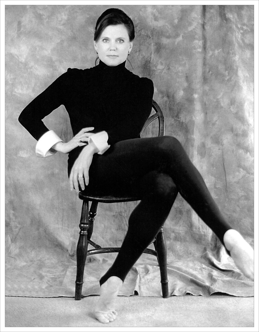 The Tony Award–winning choreographer of the 1996 production of Chicago (the longest-running revival in Broadway history), Ann Reinking is known for her work as an actress, singer, dancer, and choreographer. Ann will be in Columbus on Friday, December 2nd for the Broadway Ball at the Rivermill Center. By ANNA LOGAN