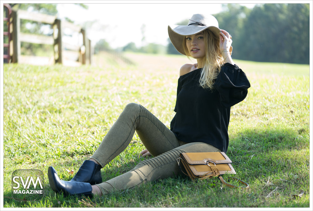 outfit4 b horiz.jpg