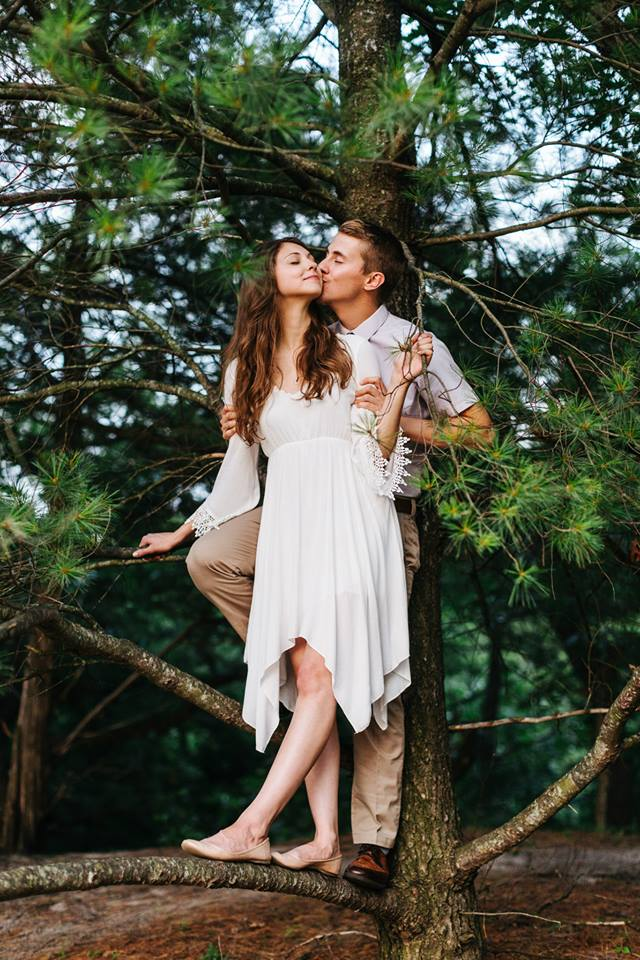 ENGAGEMENT SHOOT 8.jpg