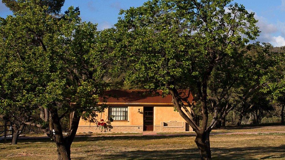 guest-house-apache-springs-20-24-2015-749-1-1140x640-2.jpg