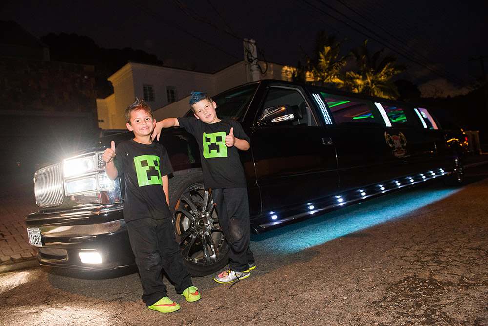 07-aniversario-infantil-curitiba-8anos-germano-festa-na-limousine-positivo-internacional.jpg