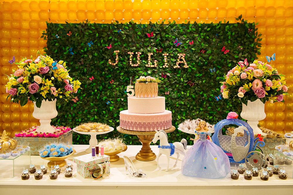 001-aniversario-infantil-cinderela-mundo-kids-curitiba-guswanderley-5anos-julia.jpg