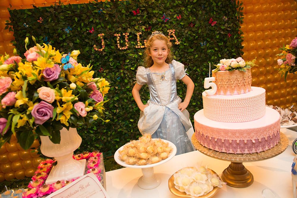 018-aniversario-infantil-cinderela-mundo-kids-curitiba-guswanderley-5anos-julia.jpg