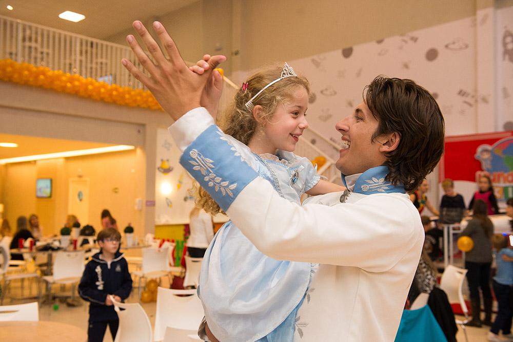 020-aniversario-infantil-cinderela-mundo-kids-curitiba-guswanderley-5anos-julia.jpg