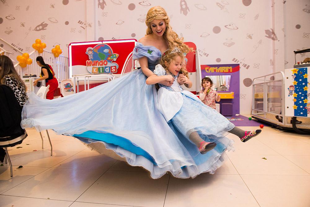 021-aniversario-infantil-cinderela-mundo-kids-curitiba-guswanderley-5anos-julia.jpg
