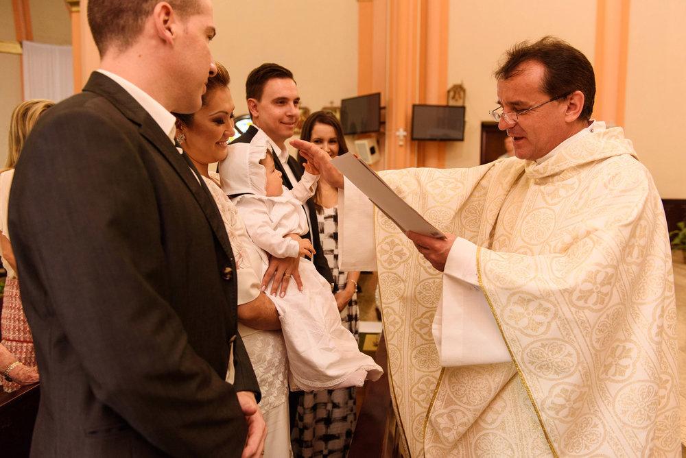 021-batizado-curitiba-fotografo-crianças-guswanderley.jpg