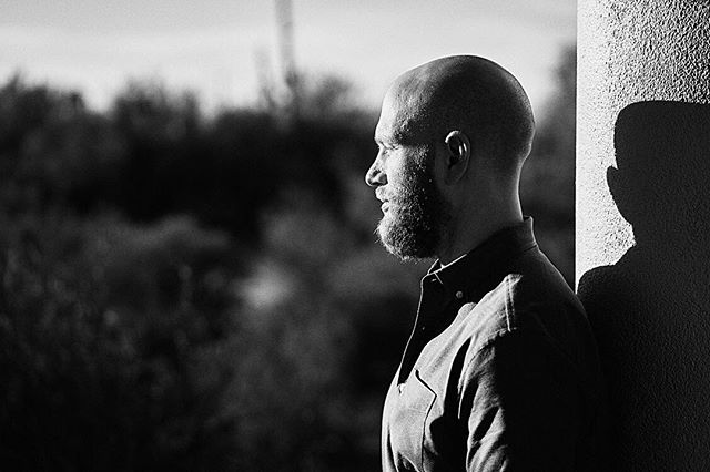 Great time of day for a little impromptu portrait during a couple's session. The sun was brutal and we were under a walkway - love the profile and the shadow. #portrait #portraitphotographer #desert #sunny #shadow #sony #saguaronationalpark #outdoors #photography #fotografie #menportrait  #blackandwhite #exposure #menstyle #fineartportrait #beardmen