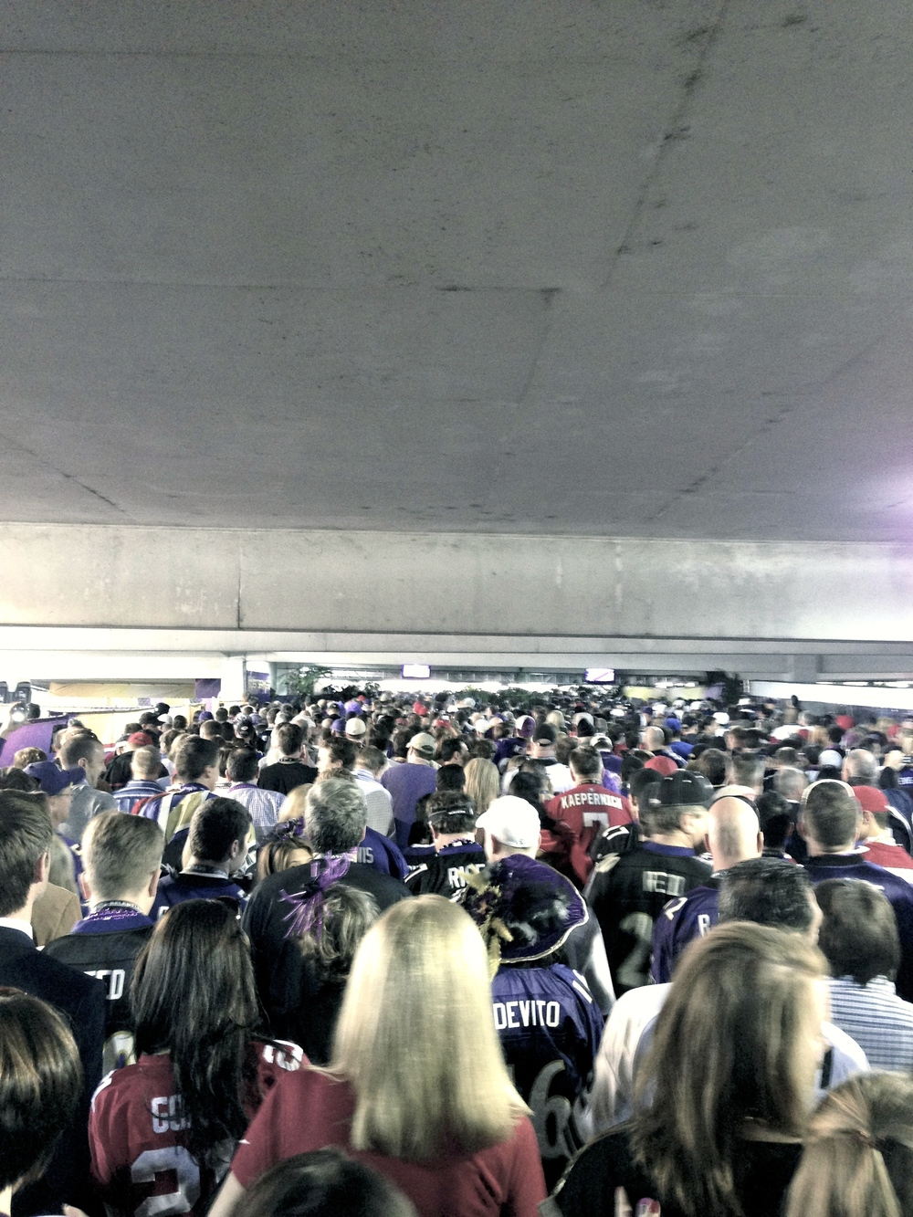 super-bowl-crowd
