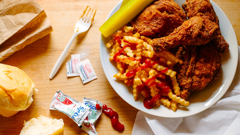 Ezell's Fried Chicken, Fried Chicken, Crinkle Fries and