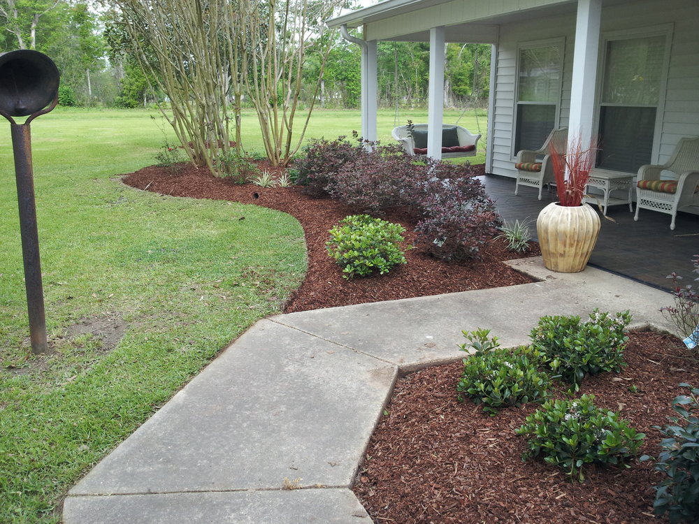 mulch-flowerbeds-baton-rouge-area (17).jpg